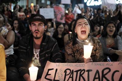 Mujeres protestan en Costa Rica por asesinato de turistas