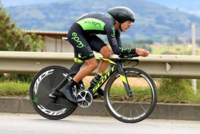 Caicedo mantuvo el liderato antes de que la Vuelta a Colombia llegue a Santander