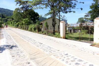 Beneficio vial para unos 3.500 campesinos locales