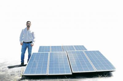 Con paneles solares generarán energía en la Santo Tomás