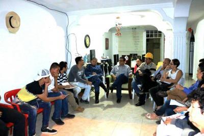 Voceros sociales buscan respuestas de la Alcaldía