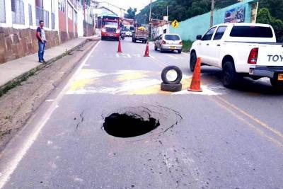 Bloqueo parcial de la vía nacional en San Gil