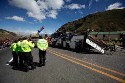 De los 22 heridos en el siniestro, la Cancillería ecuatoriana registró 14 ciudadanos colombianos, tres venezolanos y el resto ecuatorianos.