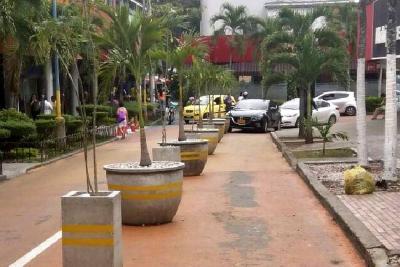 ¿Quién responde por el rápido deterioro de urbanismo táctico en Cabecera?