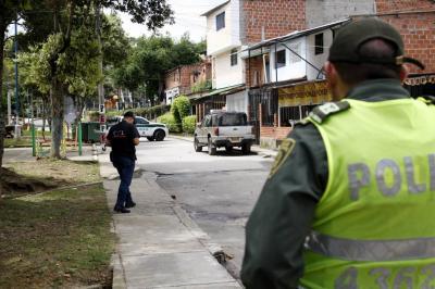 Funcionarios del CTI trasladaron el cuerpo de Diego Arias Hernández, de 28 años (foto), a la morgue de Medicina Legal, seccional Bucaramanga.