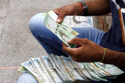Nueva moneda en Venezuela debe tener aparato productivo