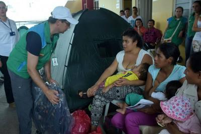 Gobierno Nacional entregó 253 kits de mercado y aseo a damnificados de Mocoa