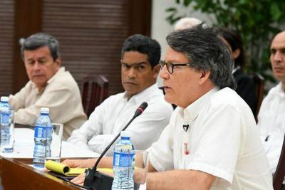 Regresan al país delegados del Eln para acordar liberación de secuestrados