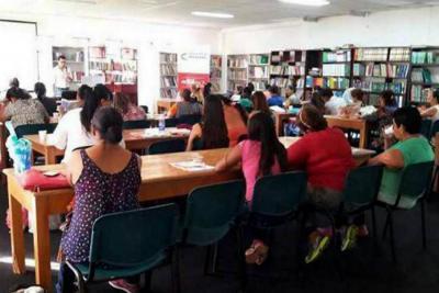 Alcaldía promueve cursos para víctimas