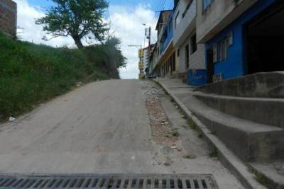 Inversión en las calles y mejor transporte, solicitud de Zafiro