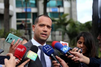 """""""Voy a contar quién manipuló testigos"""", abogado Diego Cadena"""