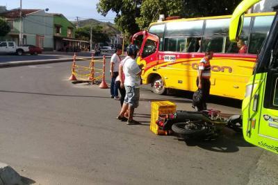 Riesgo de accidente en la avenida La Ceiba