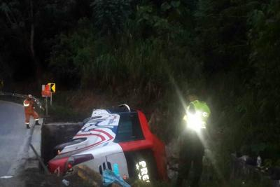 Se accidentó bus que  partió de Bucaramanga a la Costa con 24 pasajeros