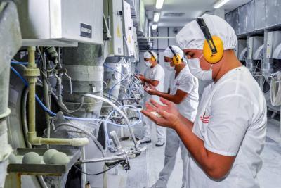 Más ventas y expectativas de producción devolvió la confianza industrial, en julio