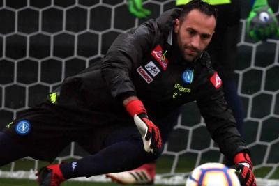 Con Ospina en el arco, Napoli dio vuelta el marcador y venció al Milan