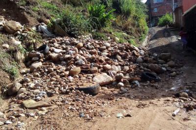 380 familias en Bucaramanga quedan sin vía y aisladas siempre que llueve