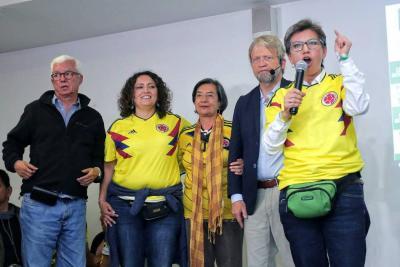 Claudia López radicará los siete puntos de la Consulta Anticorrupción en el Congreso