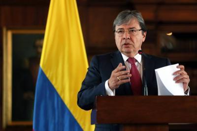 Colombia saldrá de Unasur en seis meses