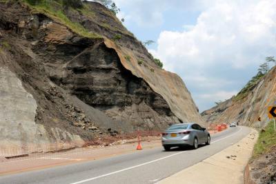 Talud vía Barrancabermeja - Bucaramanga será intervenido