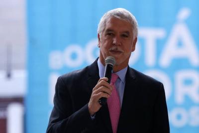 El trino de Enrique Peñalosa que se volvió tendencia en redes