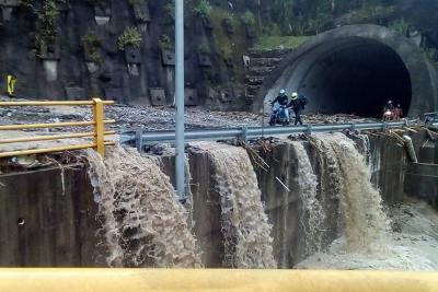 Vía Bogotá-Villavicencio sería habilitada el viernes: Mintransporte
