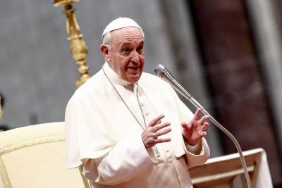 Los 'cuervos' del Vaticano rondan al papa Francisco