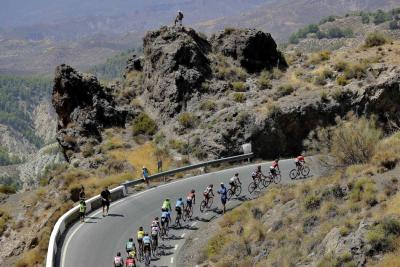 Bouhanni ganó la sexta etapa y Quintana ascendió al octavo puesto de la Vuelta a España