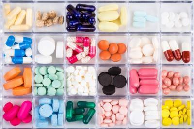 Cuidado: estos medicamentos y productos de belleza tienen registro del Invima falso