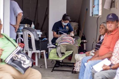 Brigada de salud en la Marianela