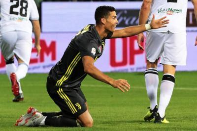 Sin gol de Cristiano, el Juventus derrotó 2-1 al Parma