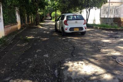 Cañaveral Oriental exige andenes y pavimentación de la carrera 8
