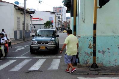 ¿Quién responde por las construcciones que se 'roban' el espacio público en Bucaramanga?