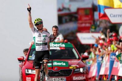 Ben King triunfa en la novena etapa de la Vuelta a España
