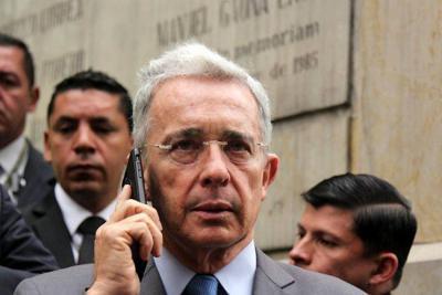 """Uribe publicó su posición sobre a """"apoyo a las Convivir"""""""