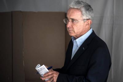 Niegan recusación y continuará investigación en contra de Álvaro Uribe
