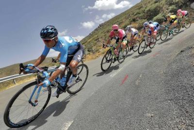 Viviani ganó la 10 etapa y Nairo sigue tercero en la Vuelta a España