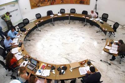 Concejo negó autorizar crédito por $50 mil millones para arreglar vías de Bucaramanga