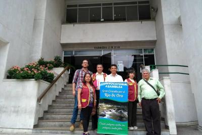 Cdmb y comunidad están unidas por el Río de Oro