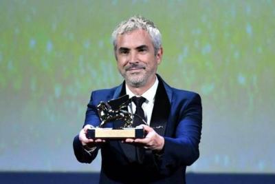 Alfonso Cuarón ganó el León de  Oro en Festival de Cine de Venecia
