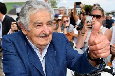 Documental sobre Mujica, premiado por la UNESCO en la Mostra  efe