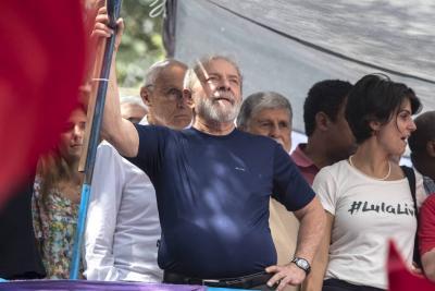 Lula renuncia a su candidatura a la presidencial de Brasil