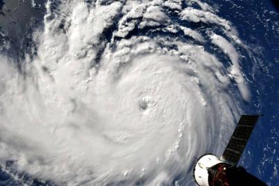 Estados Unidos continúa en alerta por el Huracán Florence: Siga en directo la trayectoria