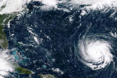 El huracán de categoría 4 Florence se encuentra a 655 kilómetros de las Bermudas.