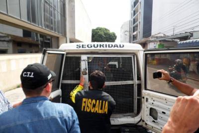 Por el escándalo de 'las chuzadas', capturan a un hombre en Bucaramanga