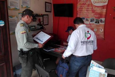 Policía de Turismo visitó agencias de viaje locales