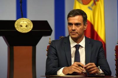 Presunto plagio en tesis doctoral tiene en la mira al Presidente de España