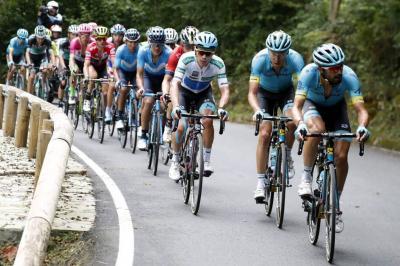Thibaut Pinot se impuso en la etapa 19 de la Vuelta a España