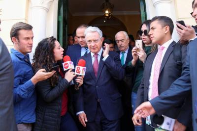 Corte Suprema de Justicia admite que interceptó, sin saber, a Álvaro Uribe