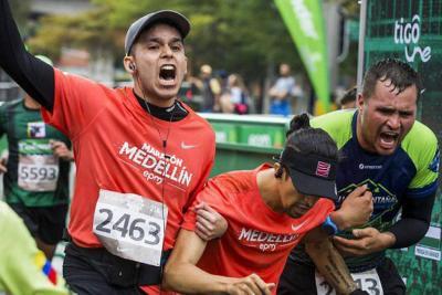 Un keniata fue atropellado por un carro y otro atleta murió durante la Maratón de Medellín