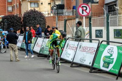 Cristian Esteban ganó el Zonal Norte de la Vuelta del Porvenir